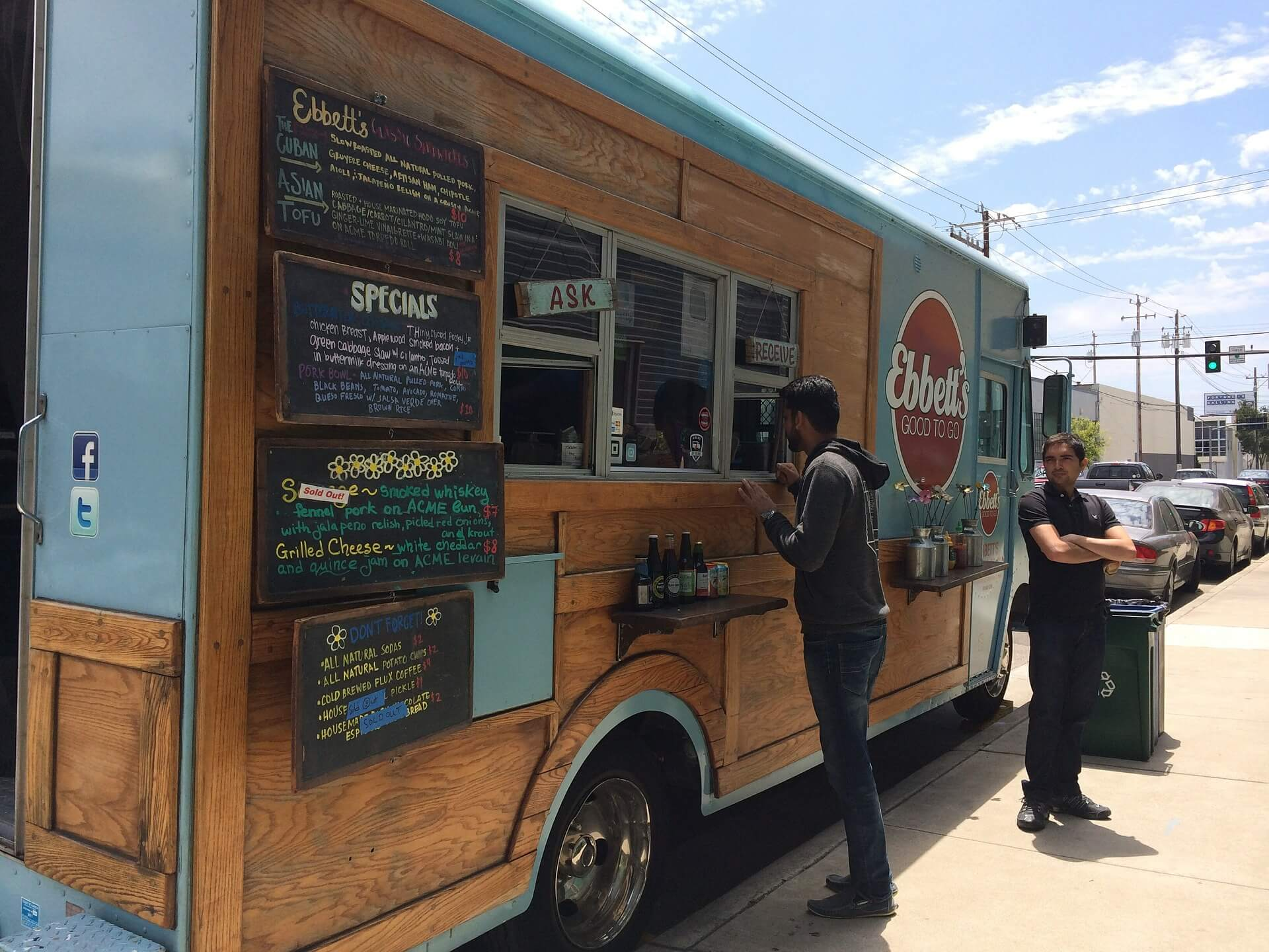 Food Truck vs Franchise: What's best for me?